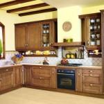 cocina rustica madera, azulejos y pintura
