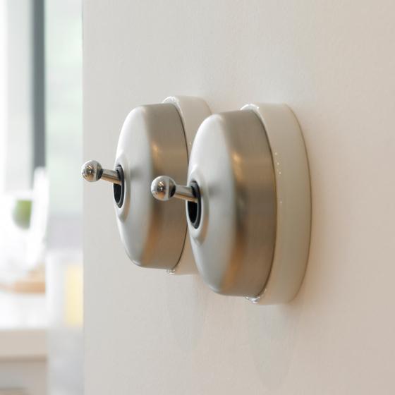 Fontini dimbler otra alternativa de interruptores r sticos - Llaves de luz precios ...